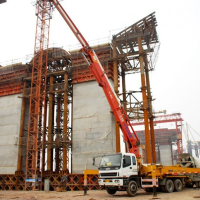 三一泵车参与南京大胜关大桥建设